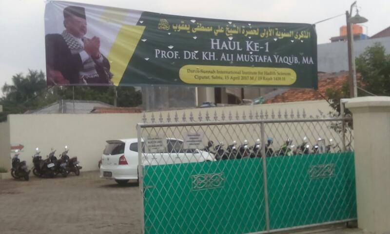 Haul Prof. KH. Ali Mustafa Yaqub: Menepis Tuduhan Wahabi