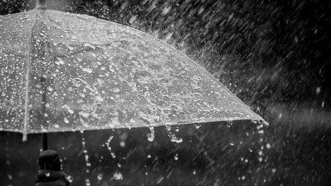 Menelisik Eksistensi Air Hujan Dalam Perspektif Al-Quran Dan Sains