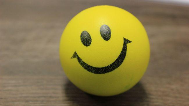Senyum dalam Tinjauan Hadis dan Psikologi
